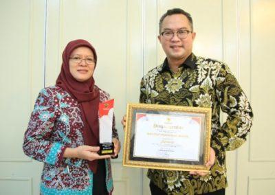 Rektor dan Kepala Biro Komunikasi IPB